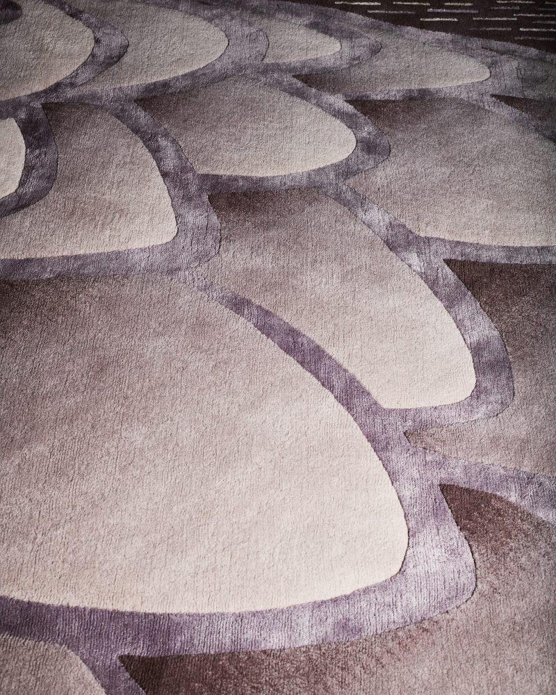 Detail of grading in Deirdre Dyson's EAGLE rug